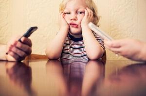 parents on phones